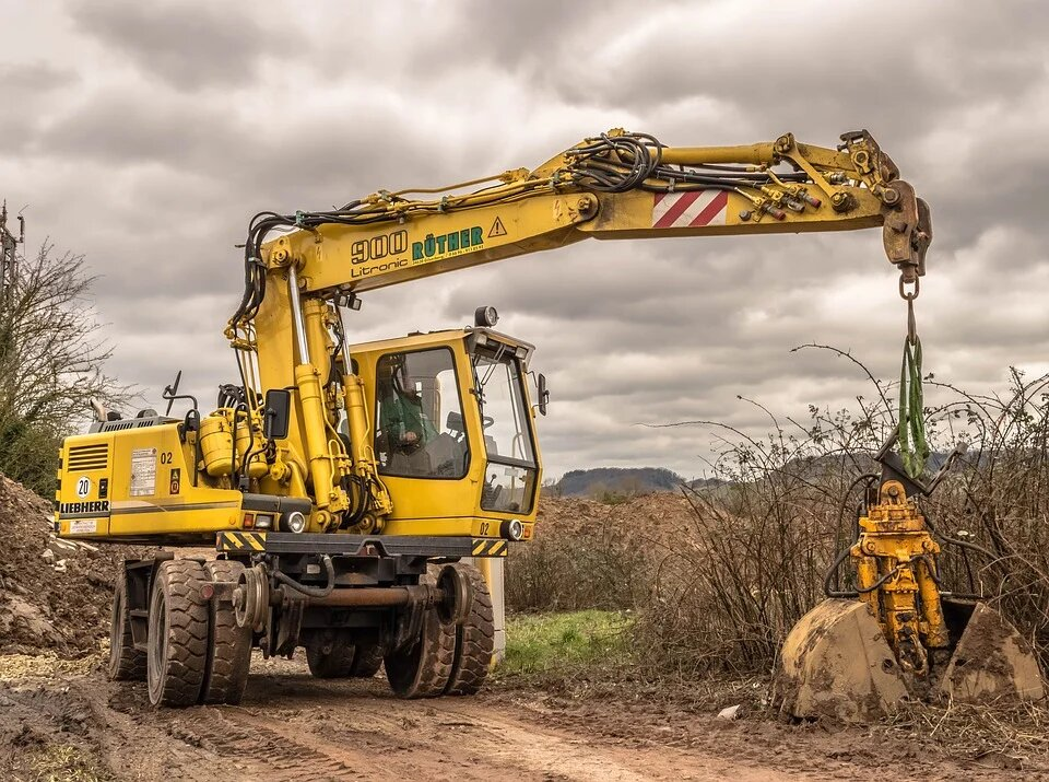 6 Things to Consider When Buying Attachments for Excavators
