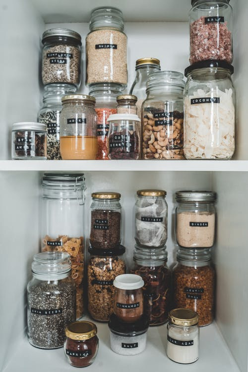 The Advantages of Labelling Everything in Your Pantry