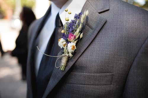 Important Tips for Grooms on Wedding Day