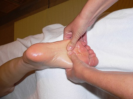 How to choose the best podiatrist: a guide