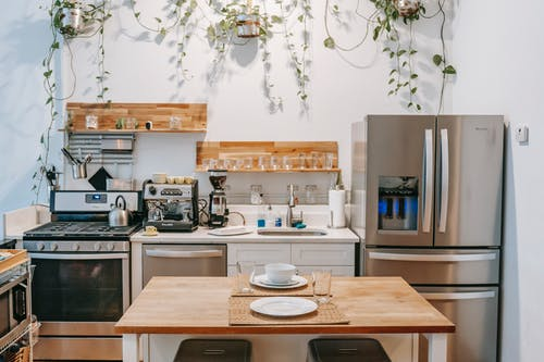 What should You Consider When Looking for Kitchen Renovators?